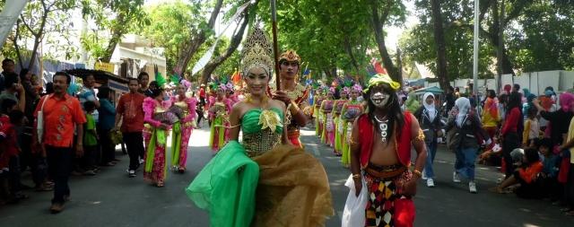 Bojonegoro Indonesia  city pictures gallery : travel festival bojonegoro indonesia 2014