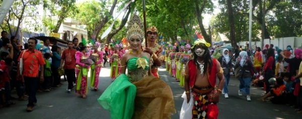 travel-festival-bojonegoro-indonesia-2014