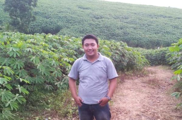 Adi_Pramudya_singkong