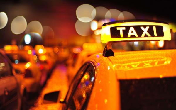 taxi-investor-saham